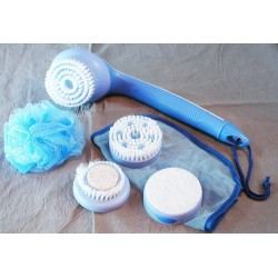 Rio Luxury Cordless Body Spa Twin Speed Kit Brush Exfoliate Massage Soothe